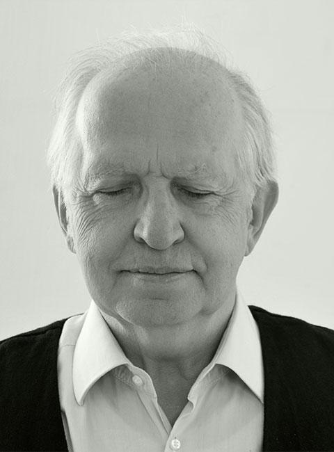 Dr. Carsten Frerk, Publizist